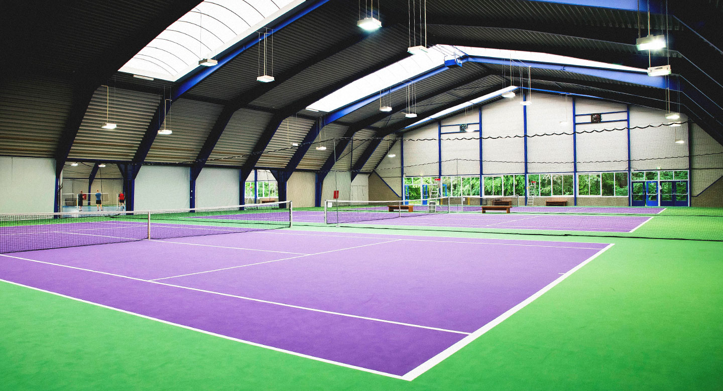 David Lloyd Capelle Indoor tennis courts